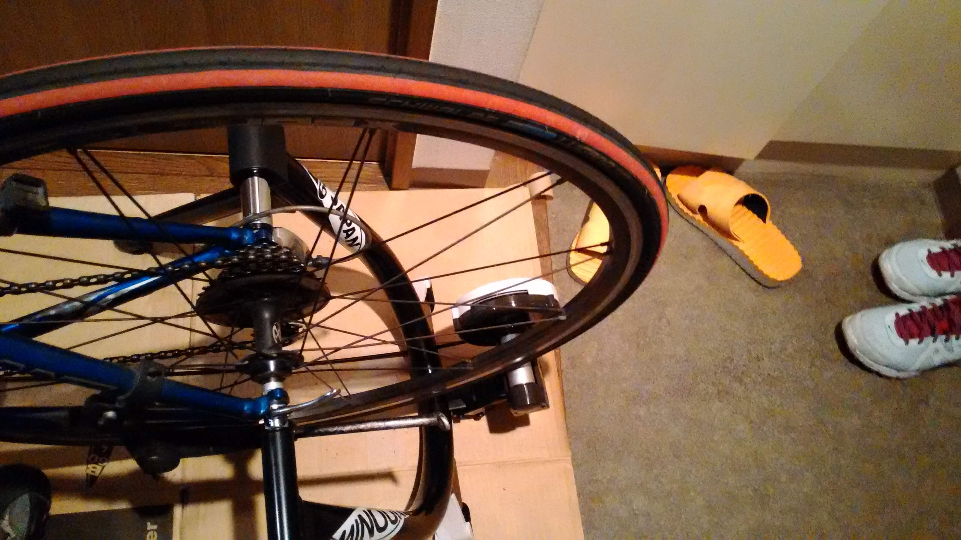 MINOURA B60にロードバイクを設置